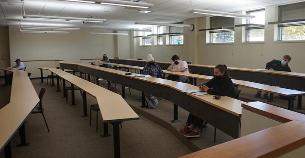 UW-Superior classroom during COVID-19