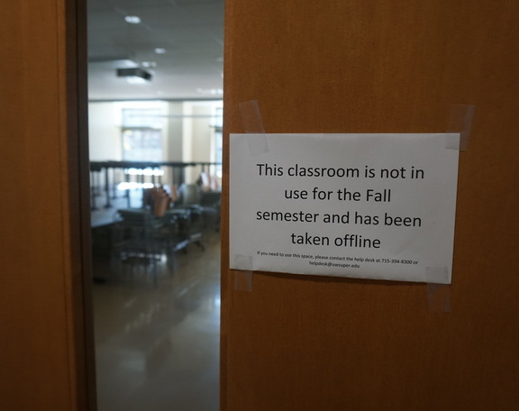 Sign of a UW-Superior classroom not in use for Fall 2020
