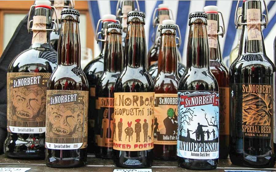 Ассортимент бутылочного пива Страговской пивоварни