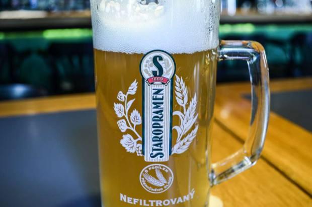 Чешское пиво. Классификация. Пшеничное нефильтрованное пиво низового брожения «Staropramen Nefiltrovaný 12°»