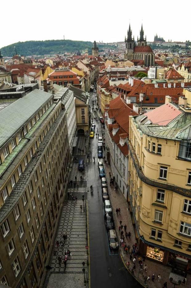 Вид на улицу Целетна с Пороховой башни