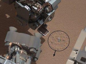 Mars'ta Tesadüfen Tespit Edilen Parlak Nesnenin Ne Olduğu Araştırılıyor