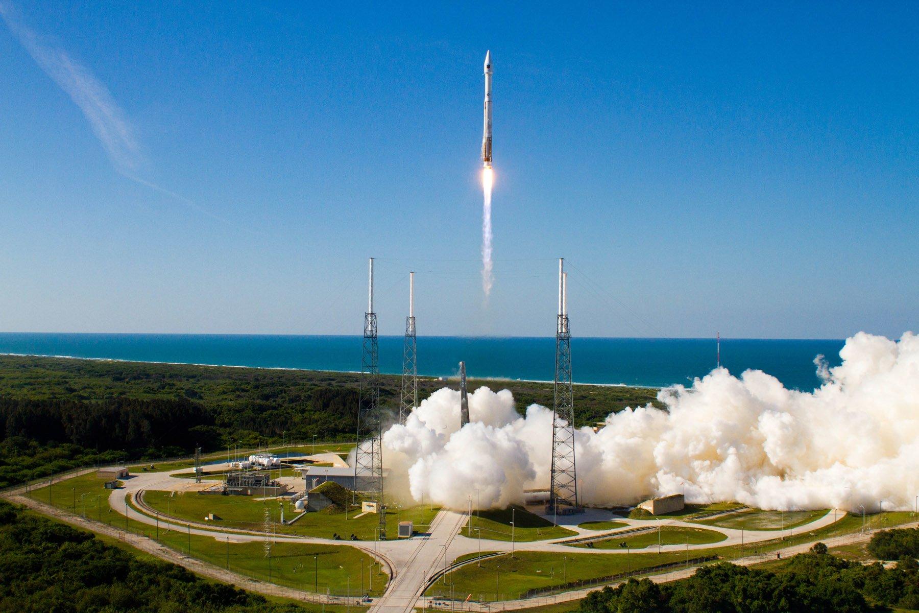 Yeni GPS Uydusu Atlas 5 Roketi ile Fırlatıldı