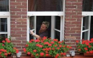 История о том, как муж решил окна помыть