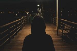 История о том, как маленького мальчика ночью всем двором искали