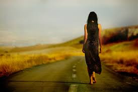 Надо быть смелым, чтобы уйти тогда, вас никто не просит остаться