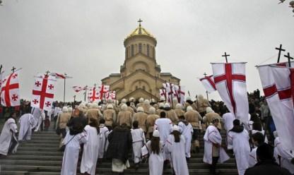 Алило - традиционное рождественское шествие