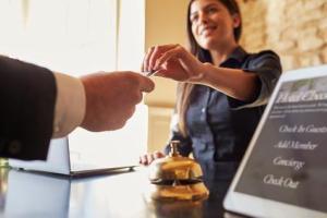 Hotels sollten schnell handeln, bevor die Pauschalreiserichtlinie 2017 umgesetzt wird ©Monkey-Business