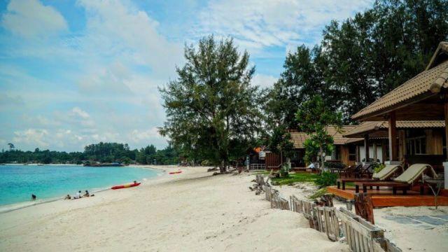 Пляж Pattaya Beach на острове Ко Липе