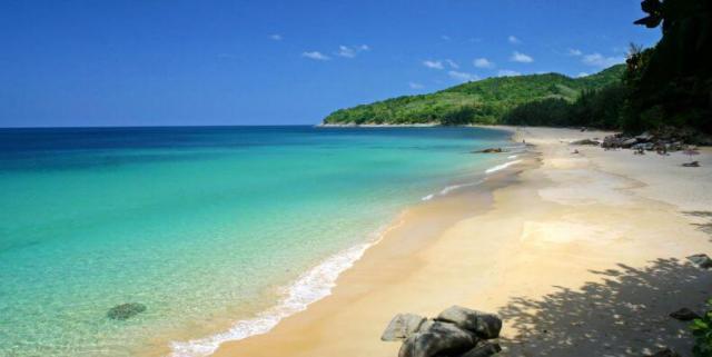 Лучшие пляжи для отдыха с детьми на Пхукете - Найтон