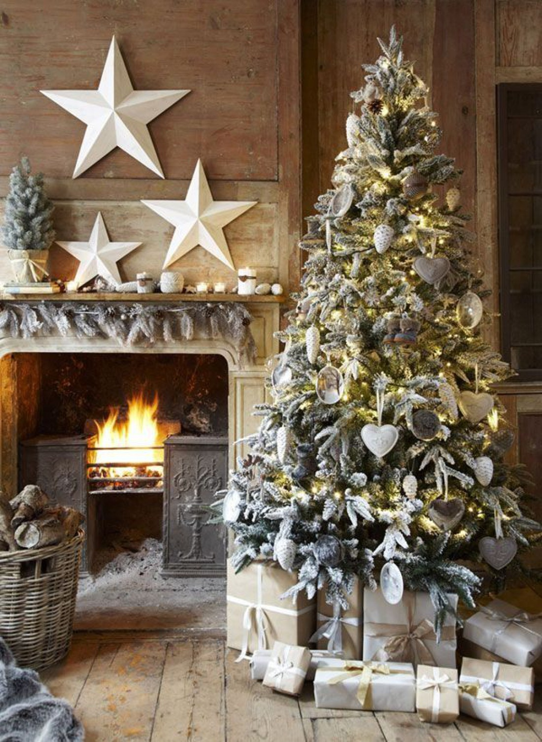 country christmas decorating ideas that you ll love for years to come 4