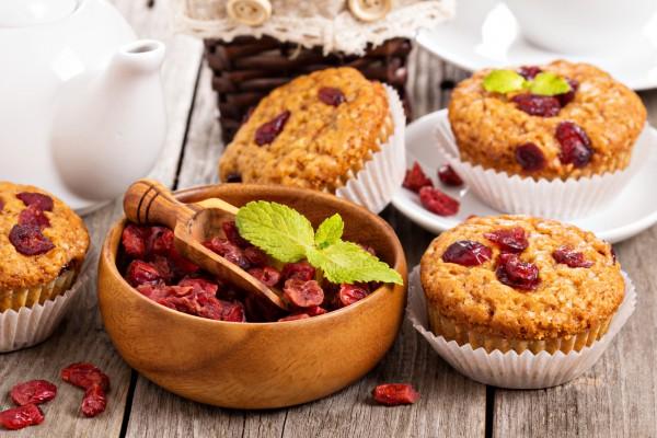 Постные кексы с клюквой - Рецепты. Кулинарные рецепты блюд ...