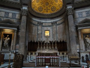 Main altar at the Pantheon