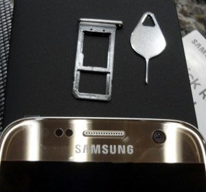 Galaxy S7 SIM/SD card holder and extraction tool