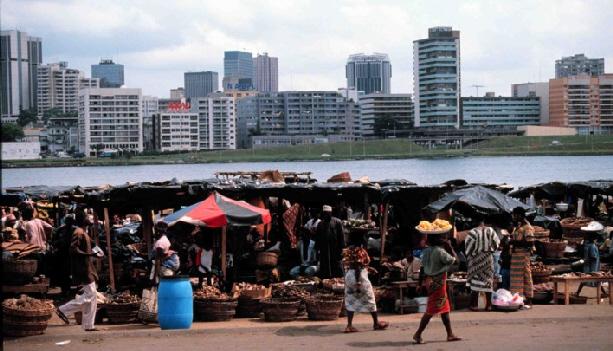 Abidjan ou le contraste d'une ville africaine