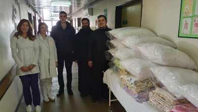 Photo of Svetosavska omladinska zajednica Valjevo poklonili su Odeljenju Dečije hirurgije Valjevske bolnice posteljinu i jastuke za decu