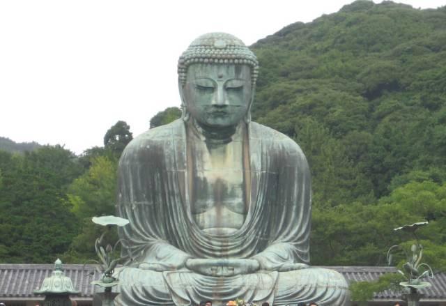daibutsu buddha statue