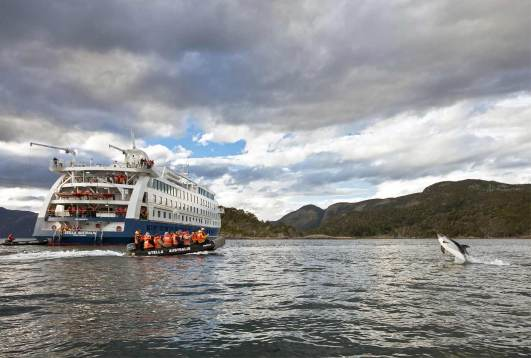 Crucero Stella Australis Bahia Wulaia