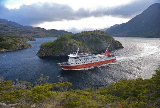 Crucero Kaweskar en Angostura White