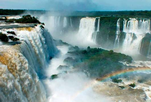 Cataratas-de-Iguazu-desde-Argentina