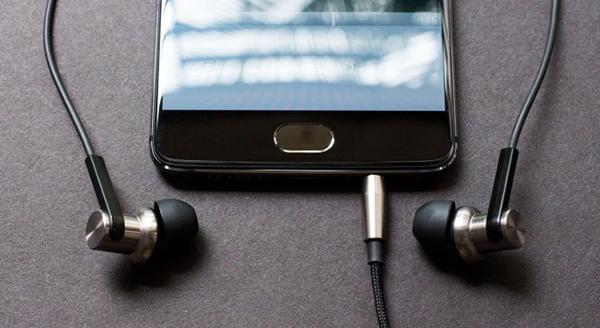 Jack de auriculares de los móviles a punto de desaparecer