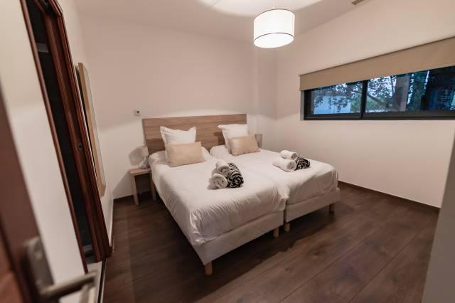la chambre 1 de la villa de luxe en location au cap d'agde