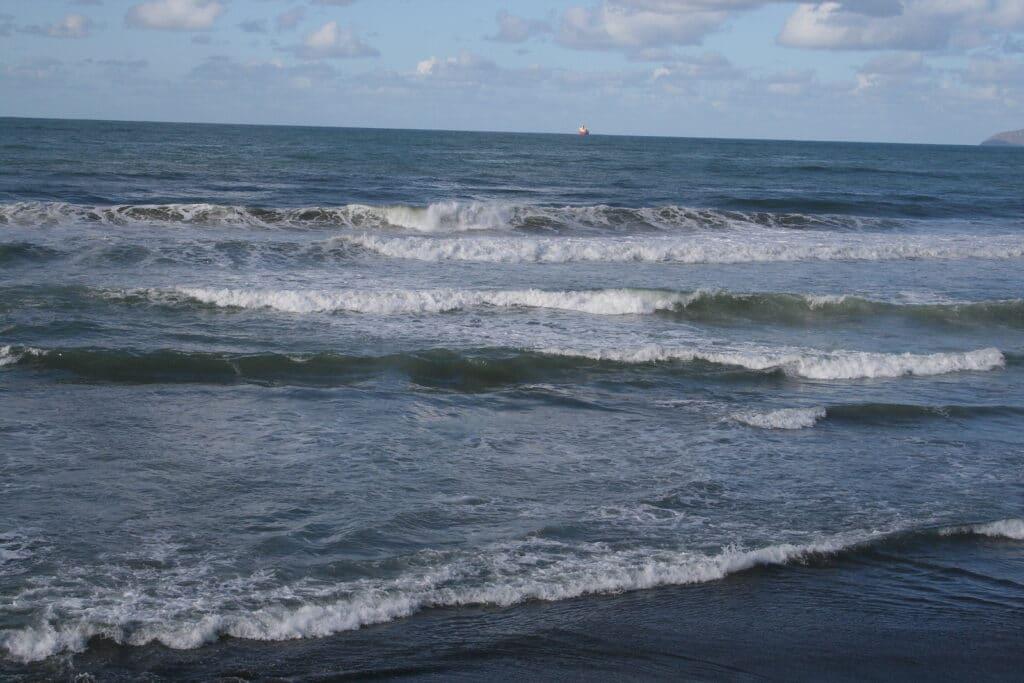 Pacific ocean in Rosarito Mexico in December by Vacancy Rewards Reviews