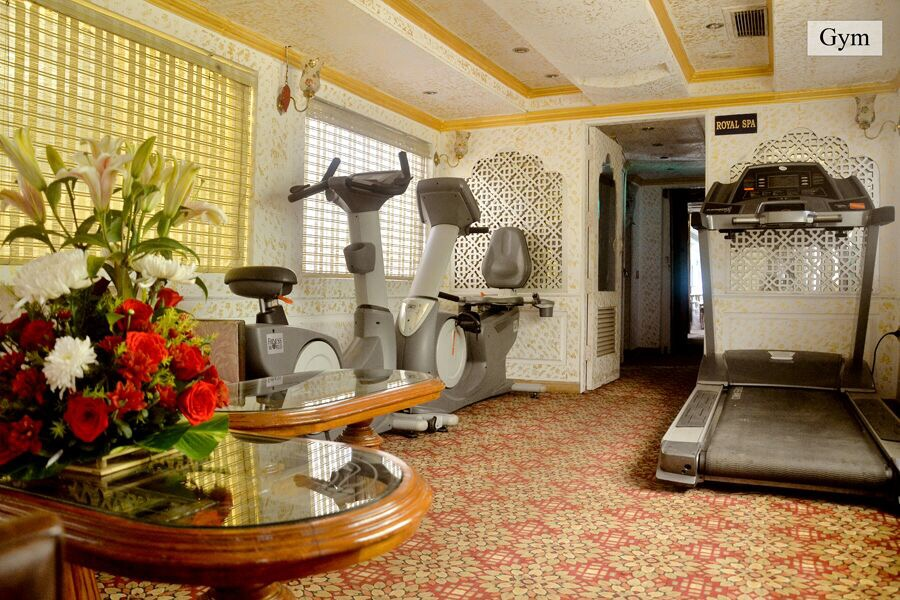 Vacaso Voyages - Palace On Wheels