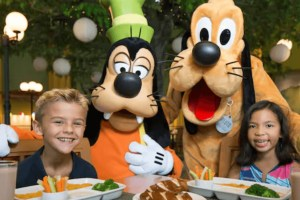 Character Dinner Disneyland