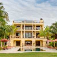Captiva Rentals Featured Home: Avoca Beachfront Estate