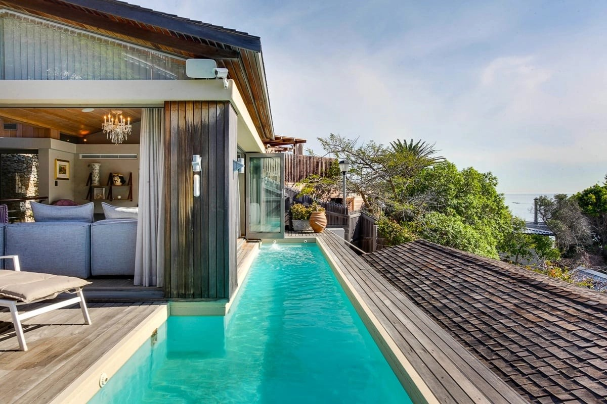 Bungalow-25-on-3rd-Beach-Clifton-19