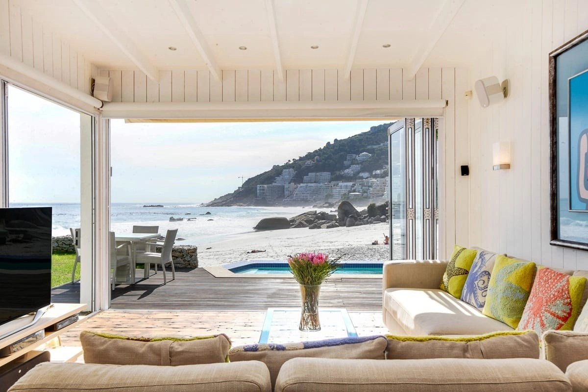 Bungalow-26-on-3rd-Beach-Clifton-13