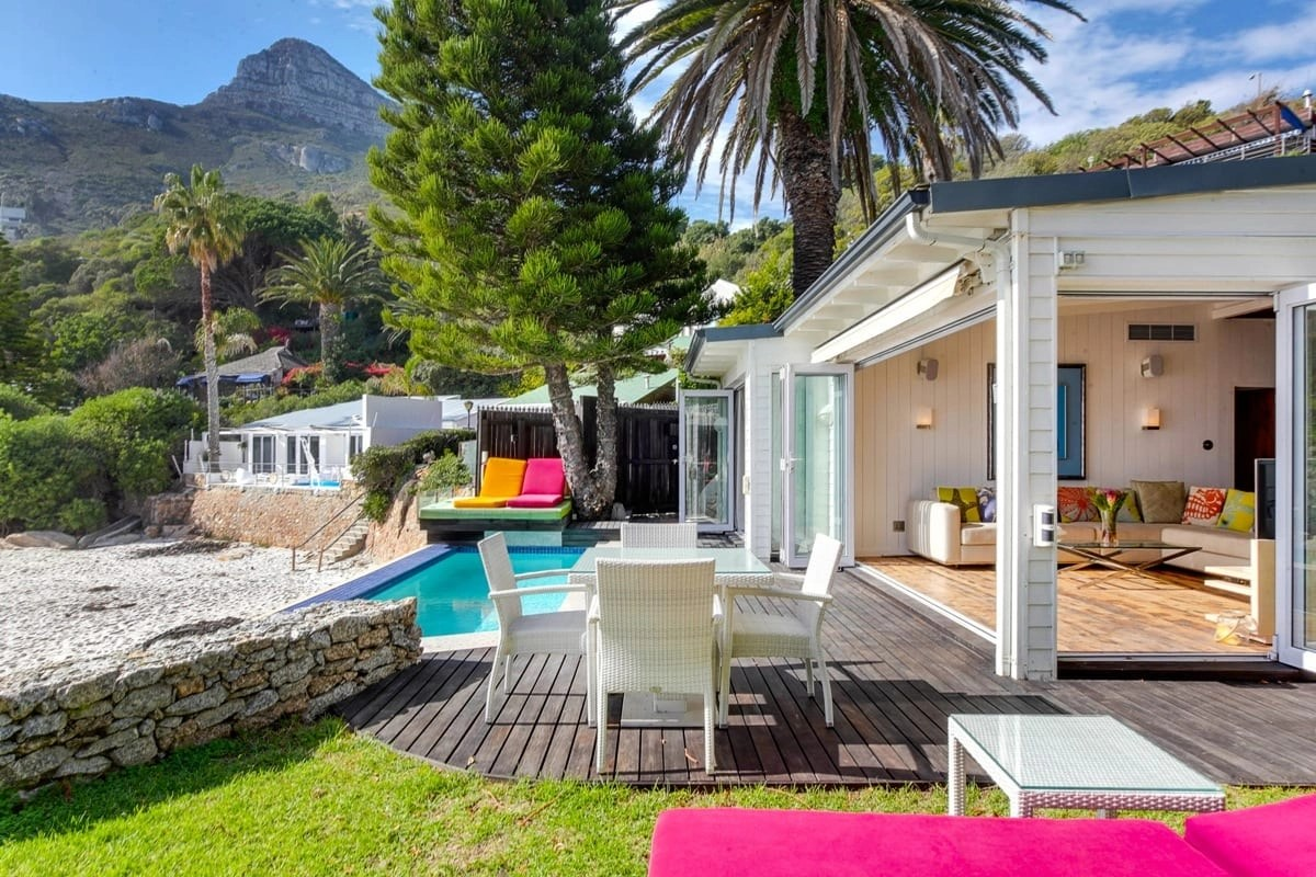 Bungalow-26-on-3rd-Beach-Clifton-17