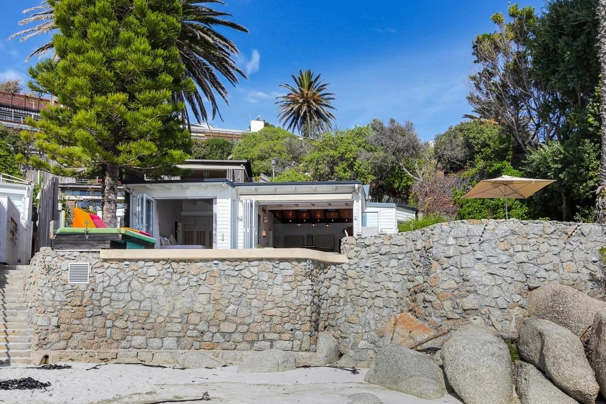 Bungalow-26-on-3rd-Beach-Clifton-22
