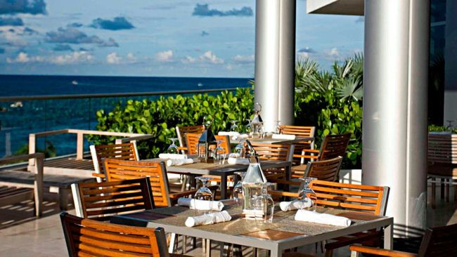 Bistro Bal Harbour. Vacation in Bal Harbour, Chic Neighborhood in Miami