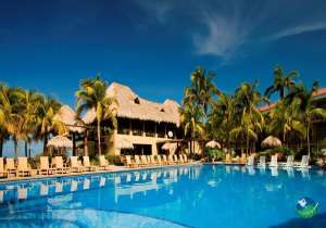 Flamingo Beach Resort Pool