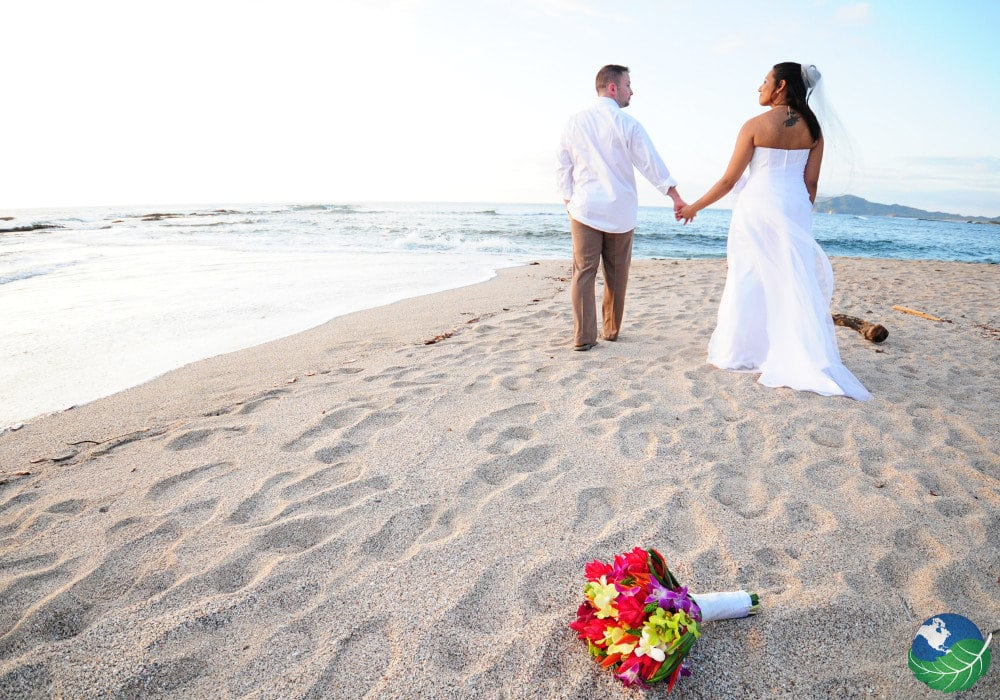 Destination weddings in costa rica get married in paradise for Weddings in costa rica