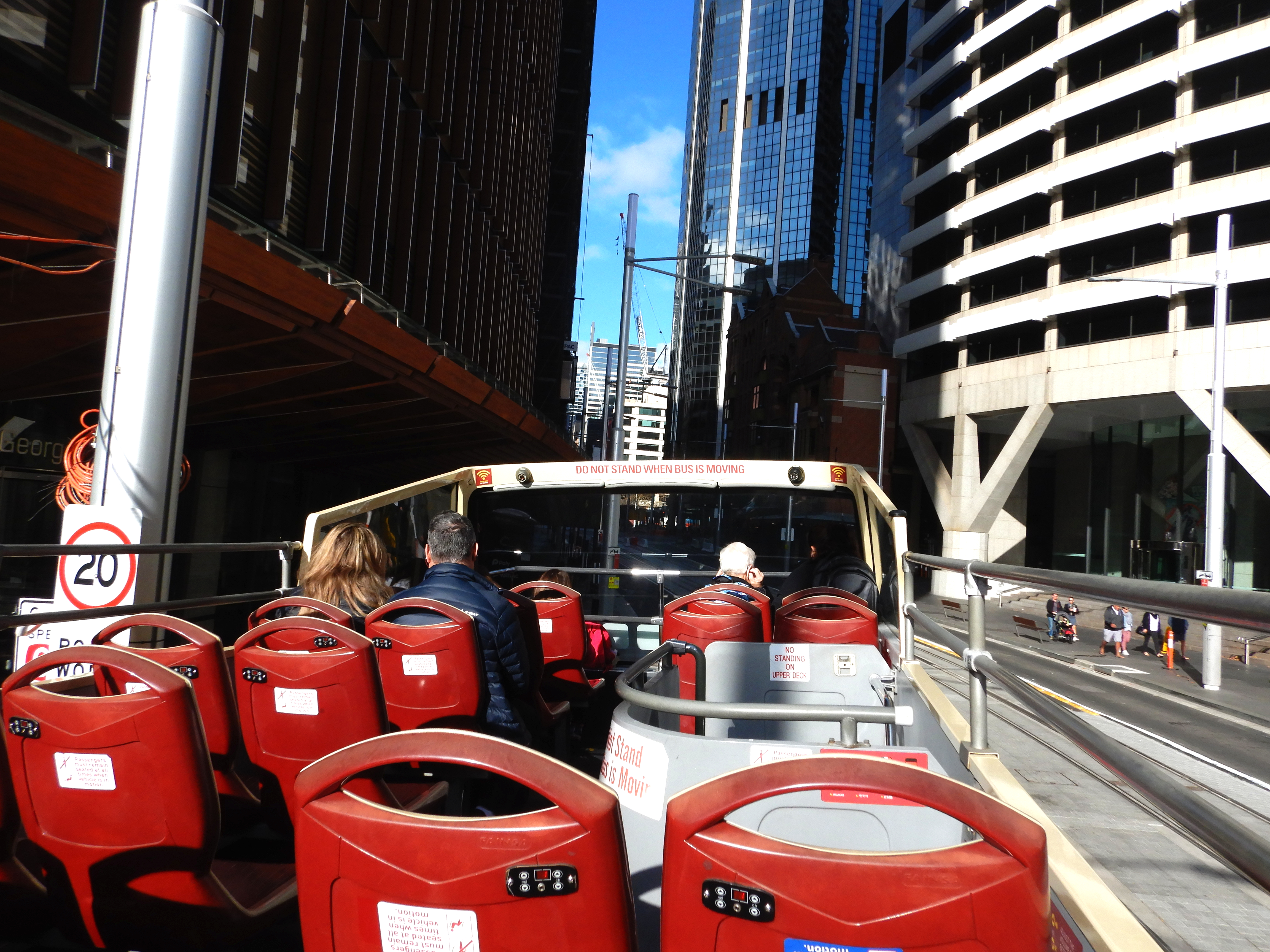 Hop On Hop Off Bus – The Best Way to See Sydney, Australia
