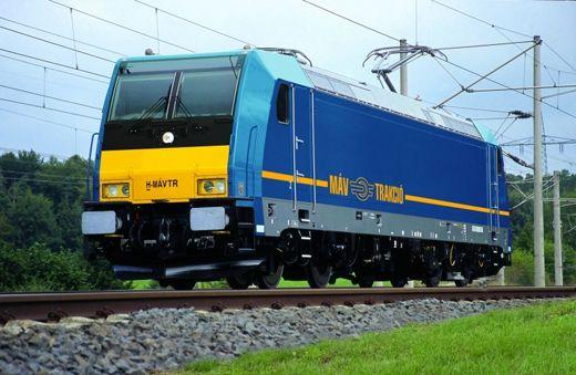MÁV traxx mozdony-520
