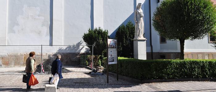 szent-hedvig-szobor-uj-helyen-700