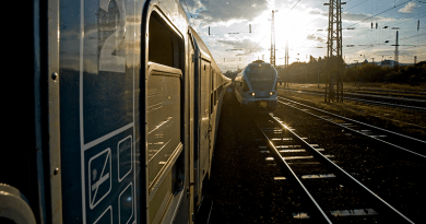 Új mozdonyok, gyorsabb közlekedés 2022-től