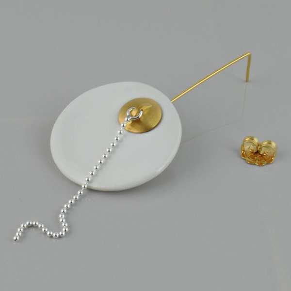 Pendiente Largo con Porcelana – Fragmento de Beñera con Tapón