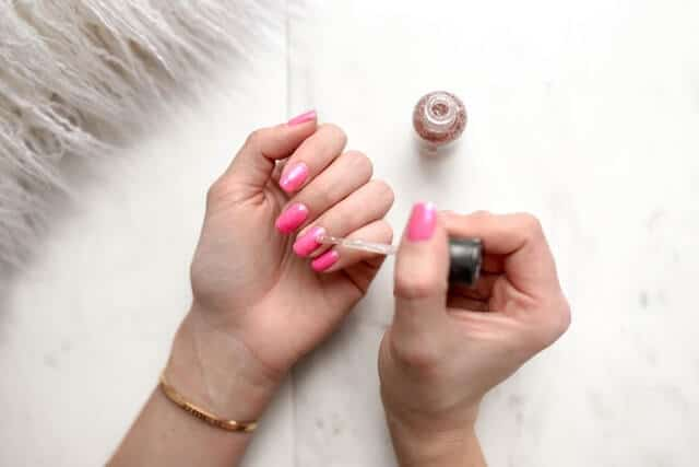 how to remove nail polish from floor tiles vacuumbase guide. Black Bedroom Furniture Sets. Home Design Ideas