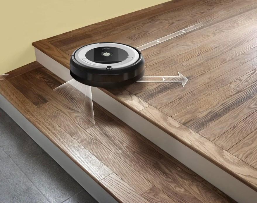 Roomba 690 Cliff Detecting