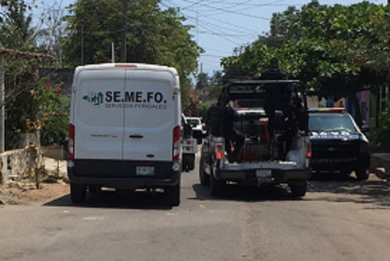 Localizan cadáver semienterrado en El Huizcolote, en Manzanillo
