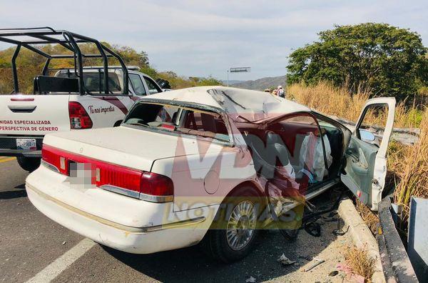 Dos lesionados graves deja fuerte choque en el Libramiento El Naranjo, en Manzanillo