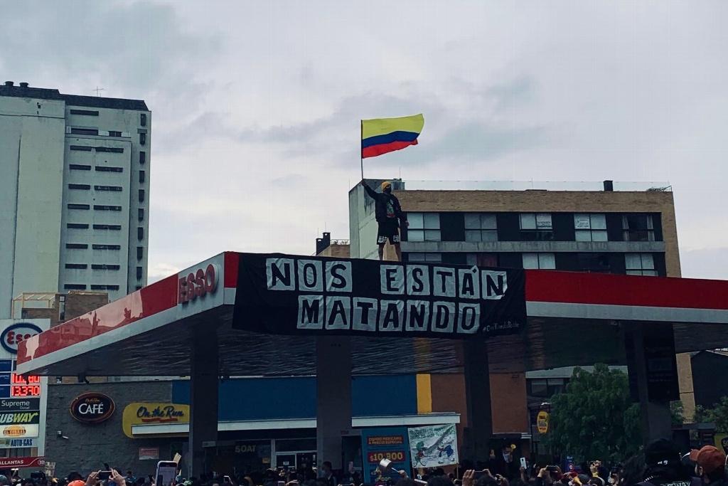 Van 24 muertos en Colombia a una semana de protestas