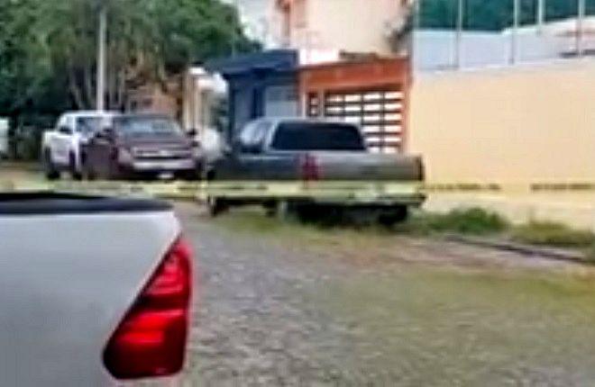 Localizan un hombre muerto al interior de una vivienda en la colonia Burócratas, en Villa de Álvarez