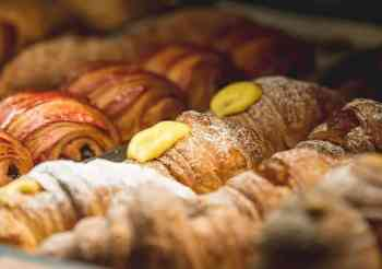 The Pasticcerie and Bakery Guide of Rome