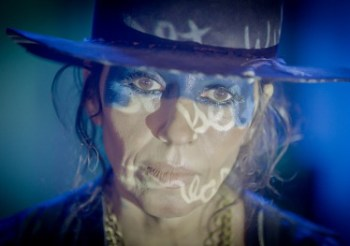 Iconic Producer, Songwriter and Artist Linda Perry Releases The Score of Hulu's Kid 90 Documentary Today
